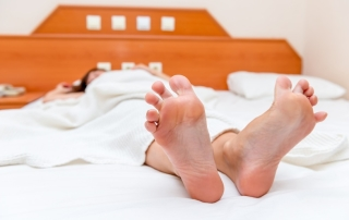 15 Exercises Pain Patients Can Do In Bed | PainDoctor.com