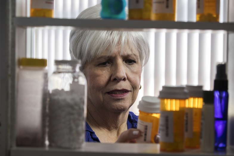 Are We Overmedicating Our Elderly? |PainDoctor.com