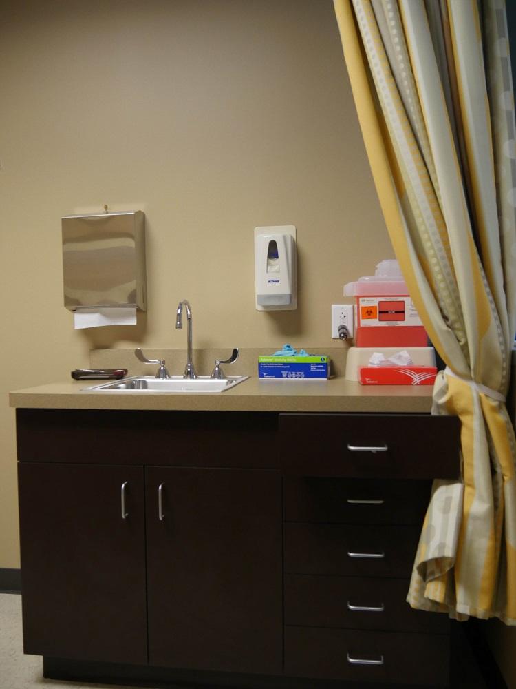 Sugar Land Pain Clinic Room