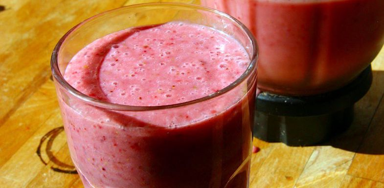 10 Easy Anti-Inflammatory Smoothie Recipes For Your Summer   PainDoctor.com