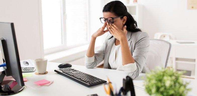 9 Ocular Migraine Symptoms And What Causes Them | PainDoctor.com
